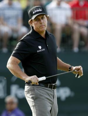Mickelson's back better than game in Phoenix Open