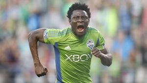 "Seattle Sounders' Sigi Schmid says DeAndre Yedlin ""fine,"" cautiously optimistic on Obafemi Martins"