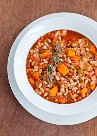 Vegetarian Cassoulet – A Hearty Alternative To Turkey