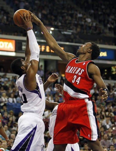 Thornton's late jumper lifts Kings over Blazers