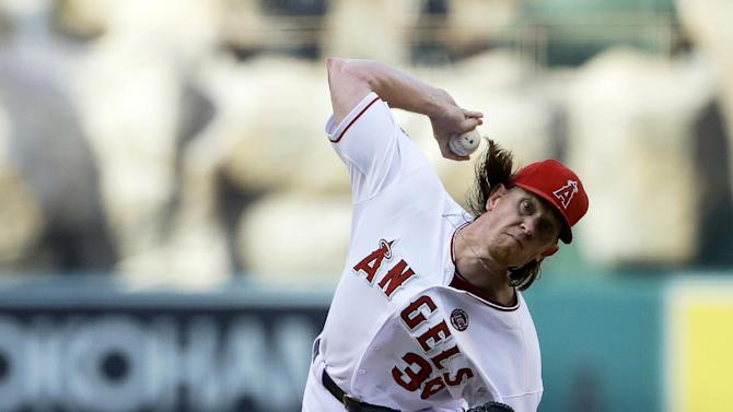 Weaver wins 3rd straight as Angels top Blue Jays