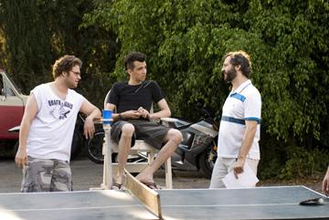 Seth Rogen , Jay Baruchel and director Judd Apatow in Universal Pictures' Knocked Up