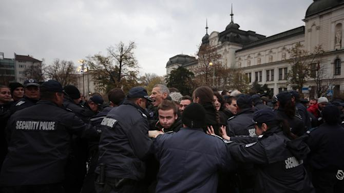 Bulgarian police, protesters clash near parliament