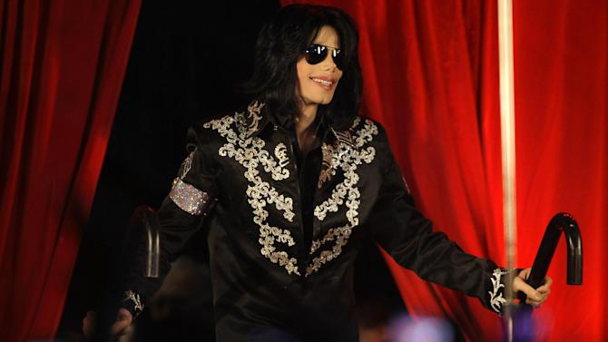 FILE - In this March 5, 2009 file photo, US singer Michael Jackson announces that he is set to play ten live concerts at the London O2 Arena in July, which he announced at a press conference at the London O2 Arena. Charles Czeisler, a sleep expert testified on Friday, June 21, 2013, in Los Angeles that Jackson was suffering from total sleep deprivation at the time of his death in June 2009 and the condition would have shortened his life unless it was properly treated. The Harvard University sleep researcher testified as an expert witness in a lawsuit being pursued by Jackson's mother, Katherine Jackson, against concert giant AEG Live LLC, claiming the company failed to properly investigate the doctor convicted of giving the superstar a fatal dose of the anesthetic propofol. (AP Photo/Joel Ryan, File)