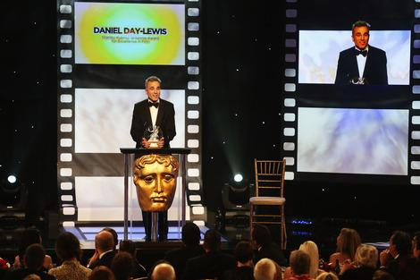 Daniel Day-Lewis, Daniel Craig, Harrison Ford and Alan Cumming Break Up the Britannia Awards