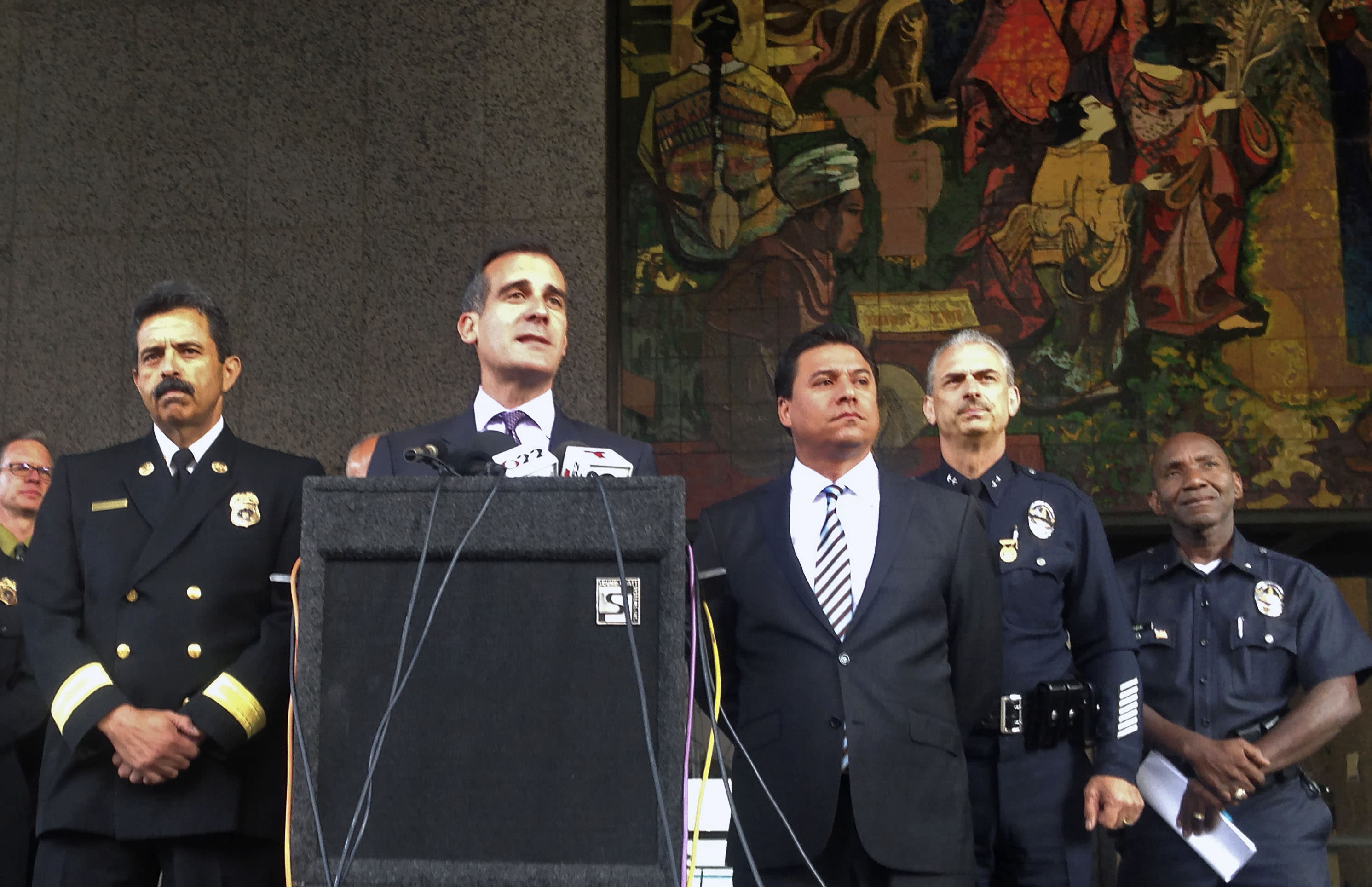 Suspect in big downtown Los Angeles blaze charged with arson