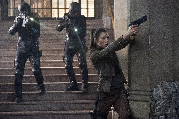 "This film image released by Columbia Pictures shows Jessica Biel in a scene from the action thriller ""Total Recall.""  (AP Photo/Columbia Pictures - Sony, Michael Gibson)"