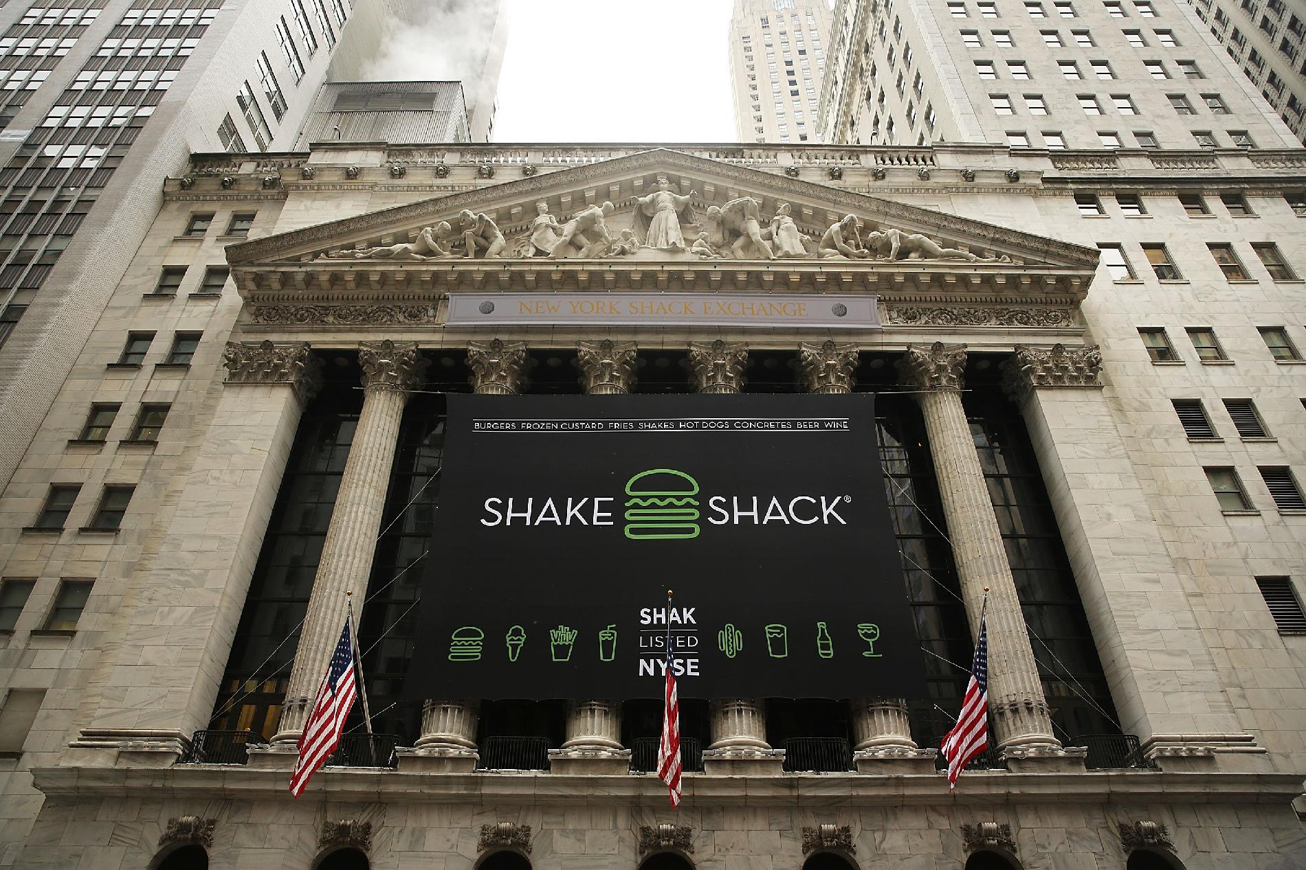 Burger chain Shake Shack sizzles in Wall Street debut