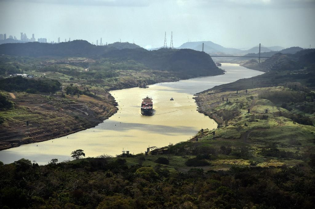 Panama Canal cancels limits on cargo size after rain