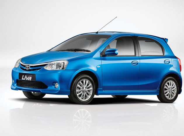 Latest Bykes And Cars: Toyota Etios LIVA Launched