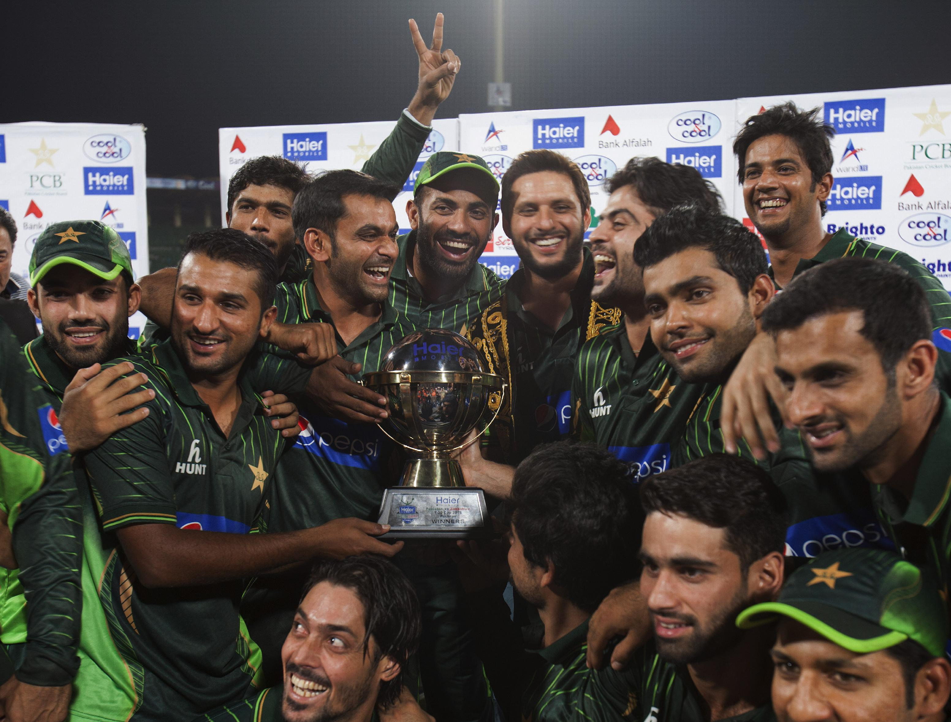 Pak hopes to carry on winning momentum against Zim in ODIs
