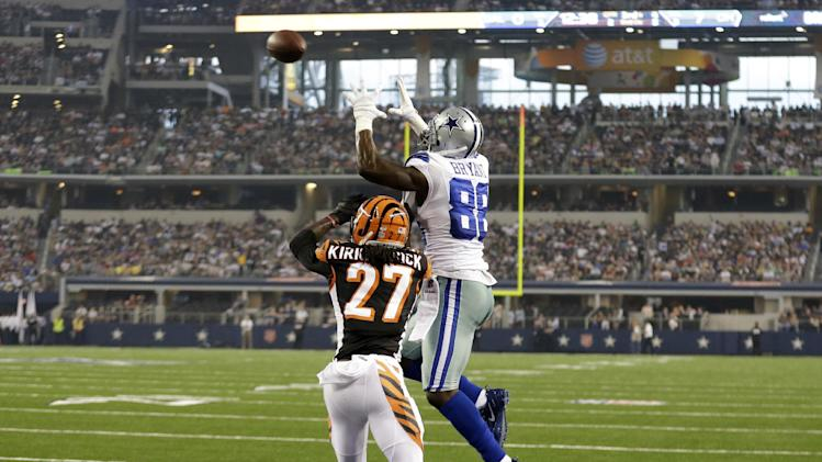 Romo 2 TD passes, Cowboys beat Bengals 24-18