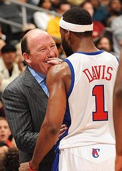 Clippers plan to give Davis room to run