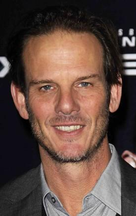 Peter Berg To Direct Damon Lindelof's HBO Pilot 'The Leftovers'