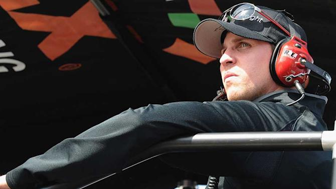 Hamlin continues to play waiting game