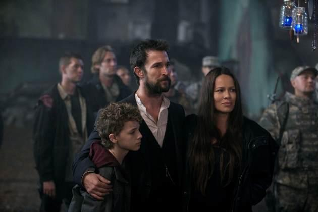 Matt, Tom and Anne in 'Falling Skies' Season 3 -- TNT