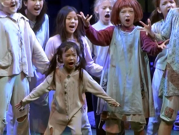 "Six-year-old Chloe Choo in her element as ""Molly"" in the musical ""Annie"". (Yahoo! photo)"