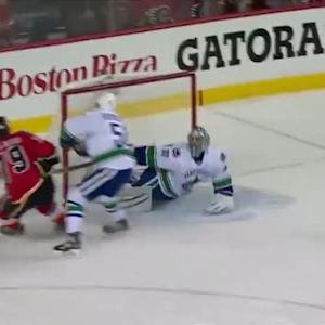 Jones sets up Ferland on a pinpoint dish