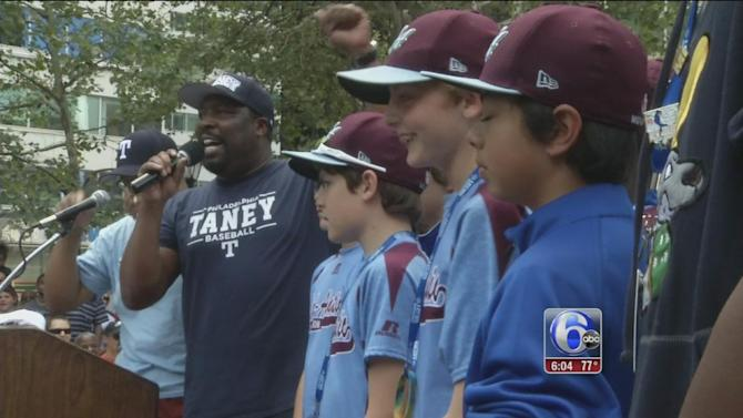 Philadelphia to hold parade Wednesday for Taney Dragons