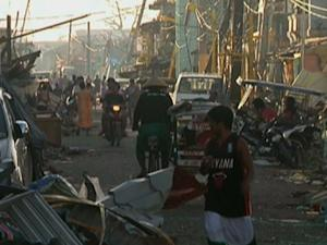 Raw: 3,600+ Known Dead in Philippines