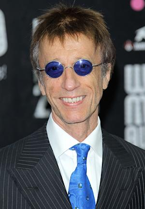 Bee Gees Singer Robin Gibb in a Coma After Contracting Pneumonia