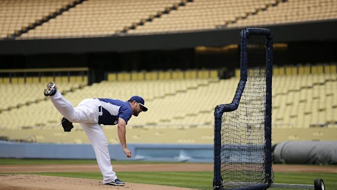 Dodgers stay with Nolasco for Game 4 vs. Cardinals