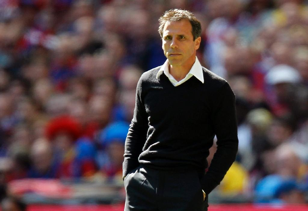 Zola appointed as Cagliari boss
