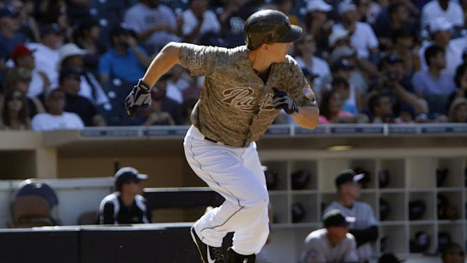 Hundley hits big pinch-double, Padres top Rockies