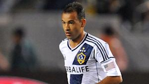 "LA Galaxy coach Bruce Arena challenges Juninho to be more ""consistent"" in the attack"