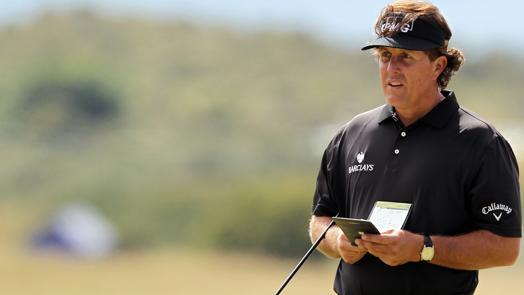 Monday Notebook: Mickelson takes a first look