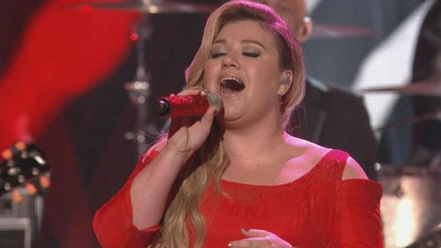 8 Things We Loved About Kelly Clarkson's Amazing 'American Idol' Performances