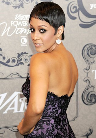 "Tia Mowry Debuts Super-Short Pixie Cut: ""I Cried!"""