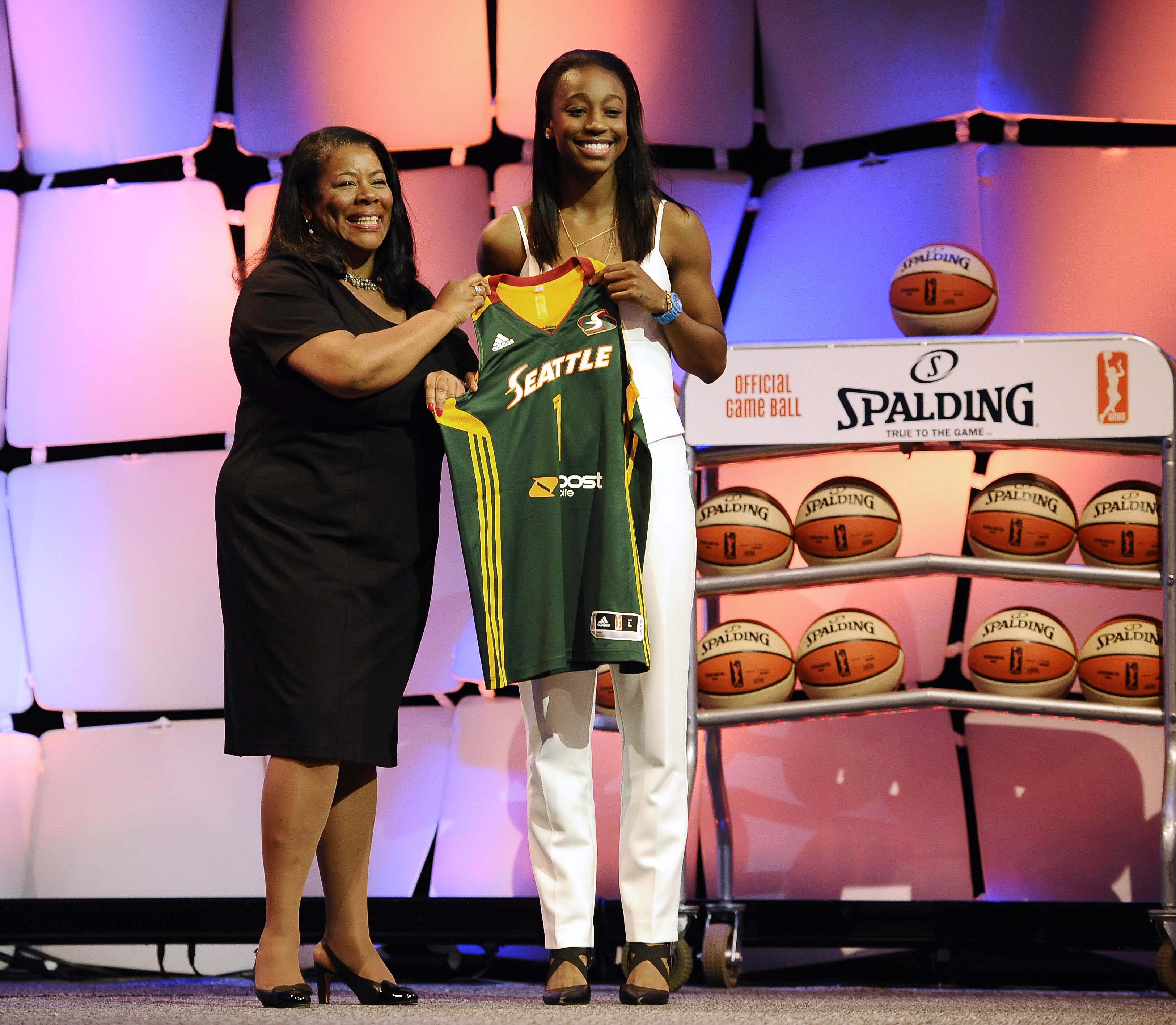 Jewell Loyd taken first in WNBA draft by Seattle