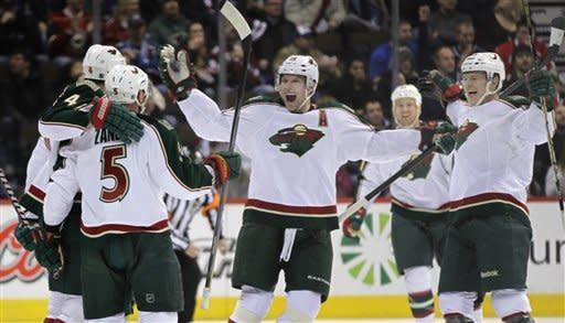 Backstrom stops 37 shots, Wild top Avalanche 1-0