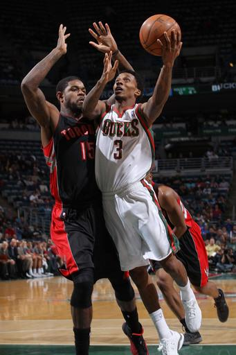 Bucks eliminated despite 92-86 win over Raptors