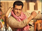 Salman Khan's EK THA TIGER earns 60 crores in three days!