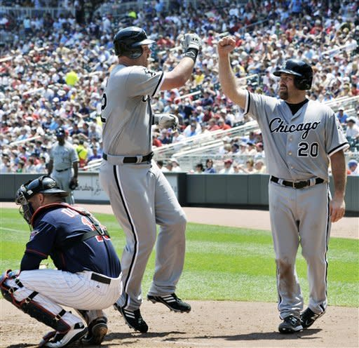 Sale wins again, White Sox whip Twins 12-5