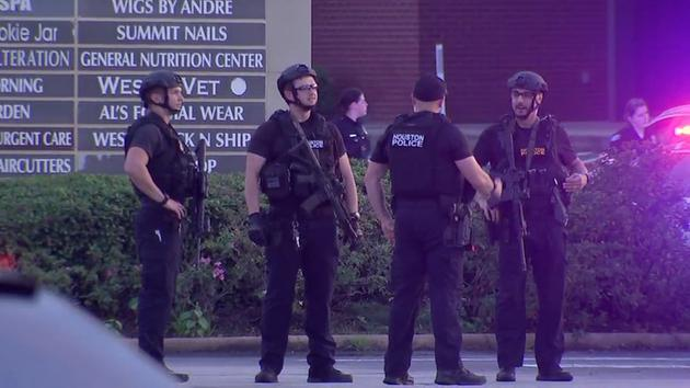 Gunman injures several in Houston; suspect shot by police