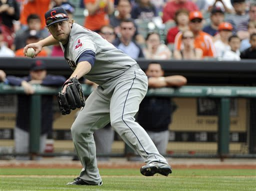 Reynolds' homer gives Indians 5-4 win over Astros