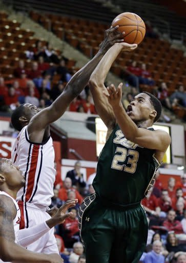 Judge scores 14, Rutgers edges South Florida 70-67