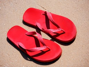 Can Flip-Flops Make You Sick? The Side Effects of Summer's Casual Footwear