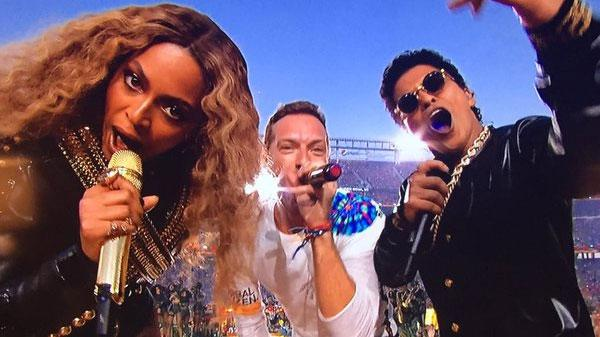 Beyonce Performs New Song 'Formation' at Super Bowl Halftime Show