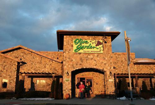 Olive Garden Apologizes, Launches Investigation After Boy Severely Burned