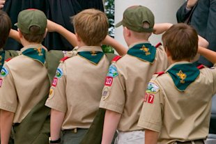 Boy Scouts consider end to gay ban
