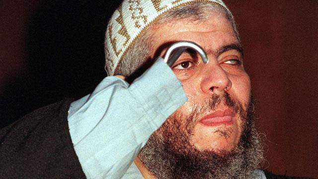 Accused Terrorist Abu Hamza en Route to US