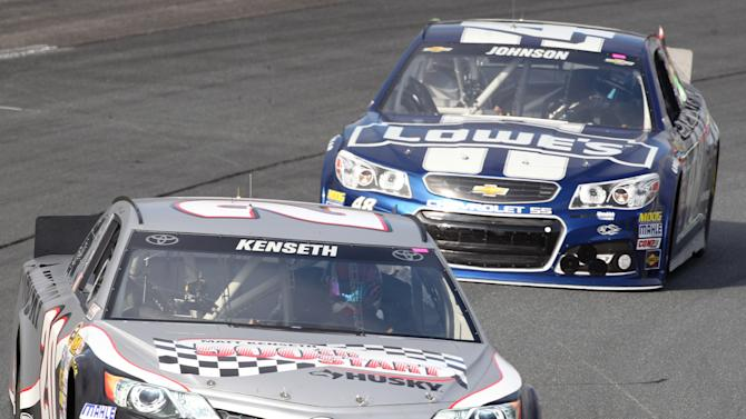 Johnson feels good even with Kenseth in mirror