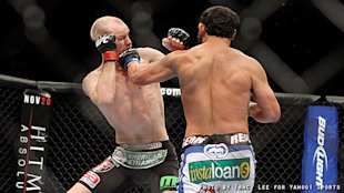 Johny Hendricks knocked out Martin Kampmann in co-main event. (Courtesy Tracy Lee)
