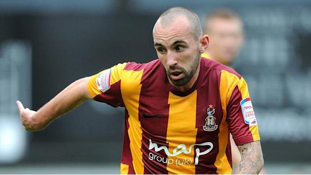 League One - Bradford ordered to pay Falkirk for Stewart