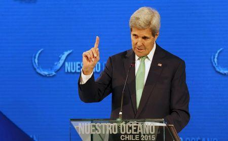 Kerry arrives in Haiti to offer U.S. support ahead of elections