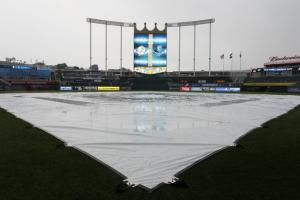 Yankees-Royals game postponed because of rain